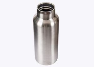 Vacuum insulated steel bottle